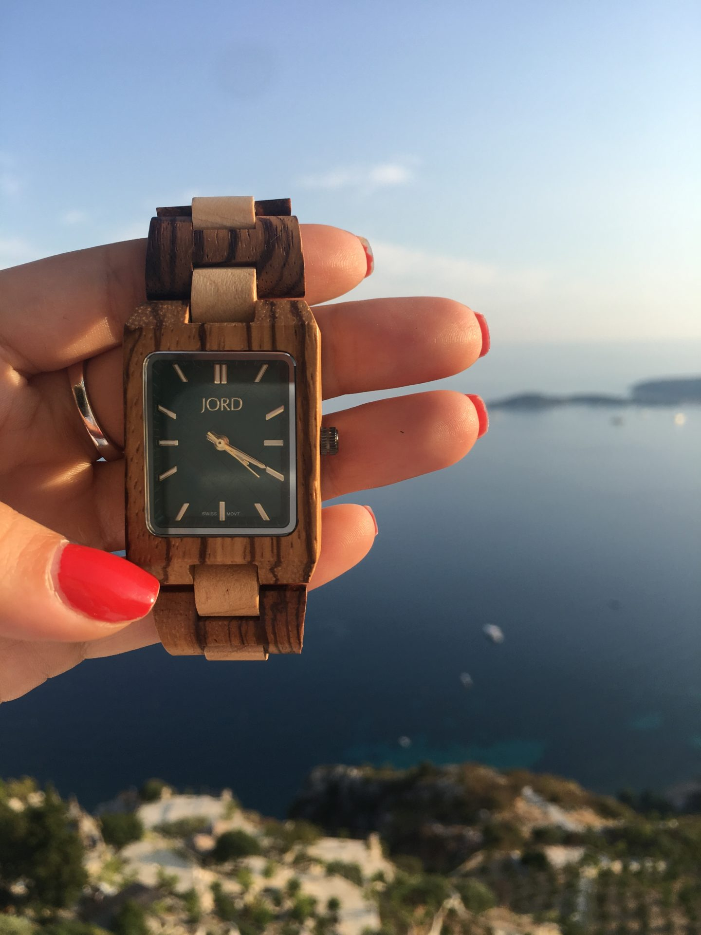 Timeless journey with JORD Watches + A GIVEAWAY!